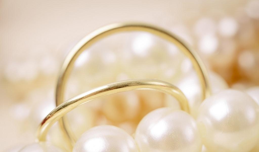 親指の指輪は願いをかなえる指輪!